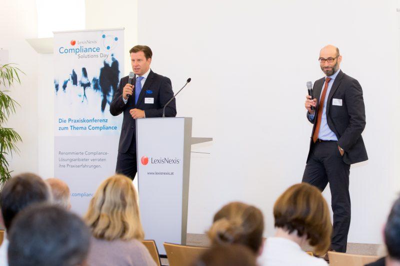 (c) www.annarauchenberger.com / Anna Rauchenberger – Wien, 15.09.2016 - LexisNexis Compliance Solutions Day 2016 im Apothekertrakt, Schloss Schoenbrunn. FOTO: Mag. Roman Sartor, M.B.L, KPMG Director Advisory Compliance, Mag. Martin Eckel, LL.M., Partner und Head of Compliance CEE, Taylor Wessing