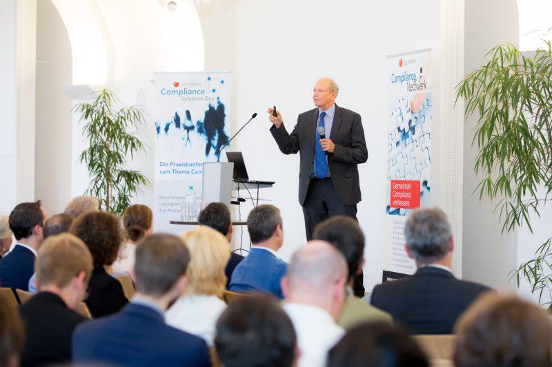 (c) www.annarauchenberger.com / Anna Rauchenberger – Wien, 15.09.2016 - LexisNexis Compliance Solutions Day 2016 im Apothekertrakt, Schloss Schoenbrunn. FOTO: Dr. Thomas Gutwinski, Gutwinski Management GmbH