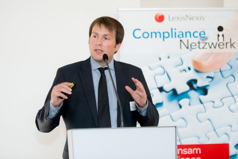 (c) www.annarauchenberger.com / Anna Rauchenberger – Wien, 15.09.2016 - LexisNexis Compliance Solutions Day 2016 im Apothekertrakt, Schloss Schoenbrunn. FOTO: Dr. Roman Zagrosek, LL.M., Compliance Solutions